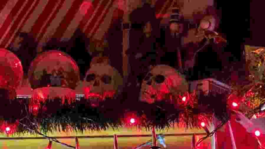 christmas display with skulls